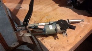 2012-2017 CHRYSLER 300 WINDSHIELD WIPER ARMS AND MOTOR for Sale in Detroit, MI
