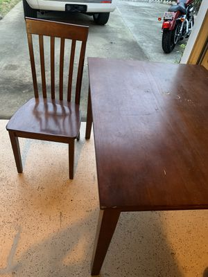 Kitchen table and chairs for Sale in Norfolk, VA