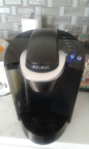 Coffee Maker KEURIG GREAT Condition for Sale in Walnut, CA