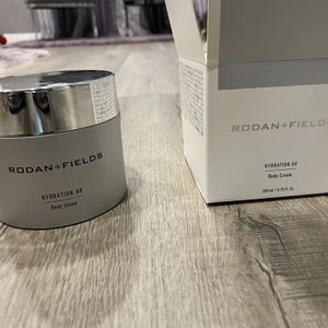 Rodan Fields for Sale in Los Angeles, CA