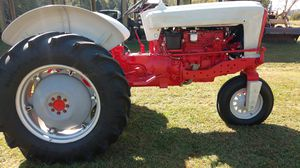 Ford 1957 961 diesel tractor for Sale in Virginia Beach, VA