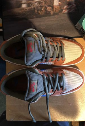 """Nike SB Dunk Low """"Corduroy"""" Peach Size 9.5 for Sale in Oakland, CA"""