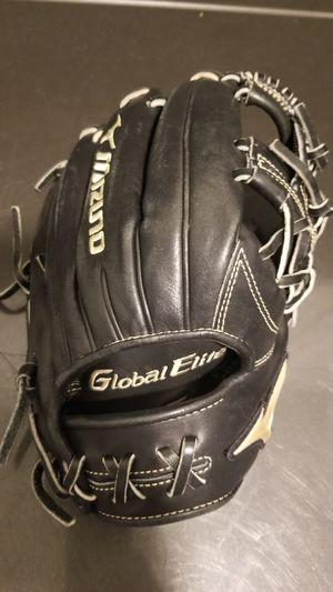 Mizuno Global Elite Baseball Glove for Sale in Shoreham, NY