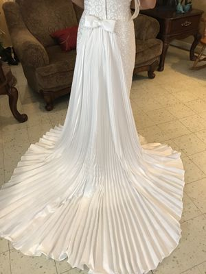 Wedding dress for Sale in Beaumont, TX