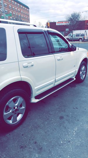 2004 Ford Explorer for Sale in Queens, NY