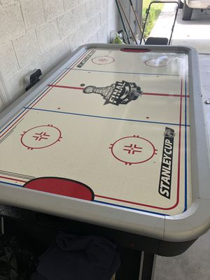Electric air hockey table for Sale in Port St. Lucie, FL