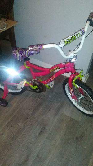 Lil girl bike in good shape 20 .00$ obo for Sale in Nashville, TN