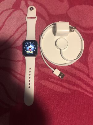 Apple Watch series 4 clean no scratches at all GPS only 300 obo for Sale in Providence, RI