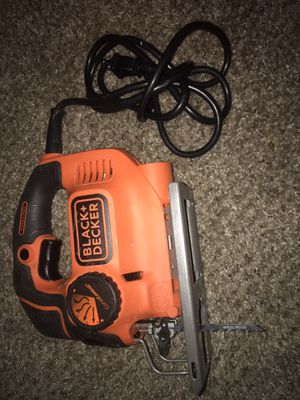 BLACK+DECKER 4.5 Amp Jigsaw for Sale in Indio, CA