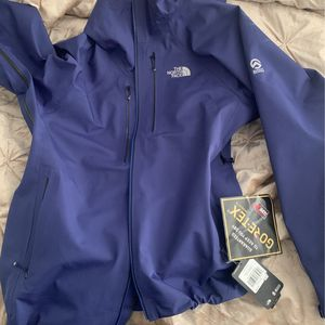 Northface Summit Series for Sale in Lewis Center, OH