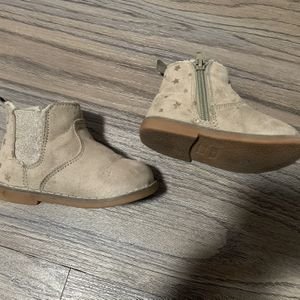 H&M Toddler Girl Boots Size 6c for Sale in Rowland Heights, CA