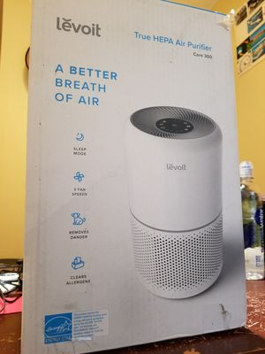 Levoit Core 300 True HEPA Air Purifier - White for Sale in Tampa, FL