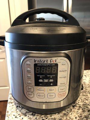 Instant pot - 6 quarts - DUO60 v2 for Sale in Elkridge, MD