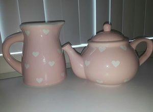 Large pink tea pot set. Kitchen set for Sale in Aspen Hill, MD