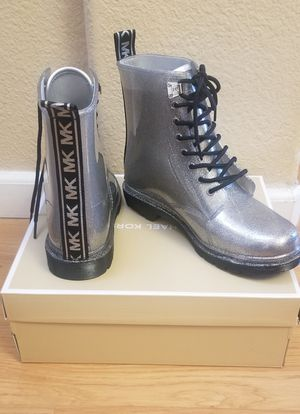 Michael Kors women's boots size 10 for Sale in San Jose, CA