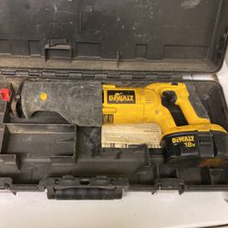 DeWALT Saw for Sale in Pittsburgh,  PA