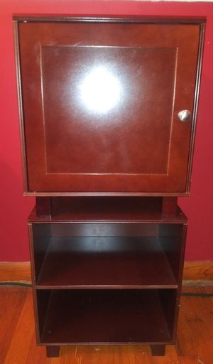 Small 2 Piece Wooden Cabinet with Shelves for Sale in Pulaski, TN