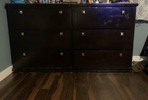 6 drawer dresser for Sale in Normandy Park, WA