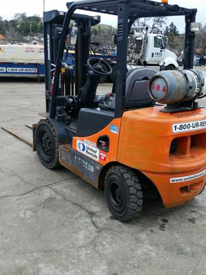 DOOSAN FORKLIFT for Sale in El Segundo, CA