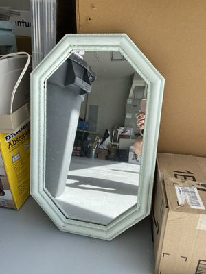 Octagonal Wall Mirror for Sale in New Smyrna Beach, FL