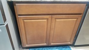 "36 "" Kitchen base cabinets 36x35 for Sale in Pomona, CA"