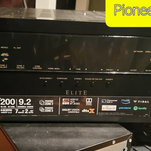 Pioneer Elite VSX-LX303 Receiver for Sale in Spokane, WA