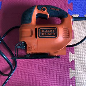 Black And Decker Jig Saw for Sale in Los Angeles, CA