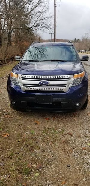 2011 Ford Explorer Trade for 4x4 or Mustang GT for Sale in North Judson, IN