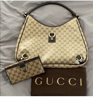 Gucci Abbey D ring hobo handbag and wallet for Sale in Rancho Cucamonga, CA