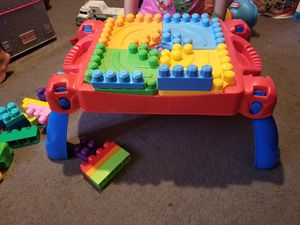 Lego mega blocks table 30.00 for Sale in New Port Richey, FL