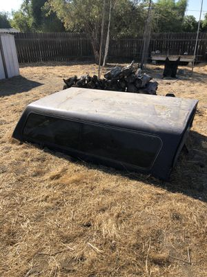Camper shell. Fits 97-2004 Ford Long Bed pick up for Sale in Moreno Valley, CA