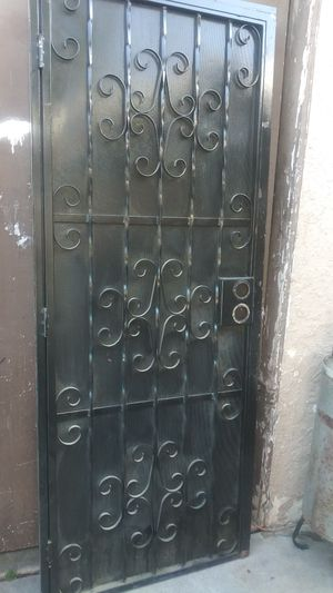 Puerta. 32x80 for Sale in E RNCHO DMNGZ, CA