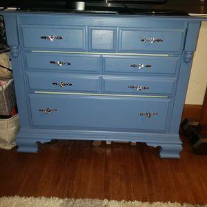 Dresser/tv Stand for Sale in Aurora, IL