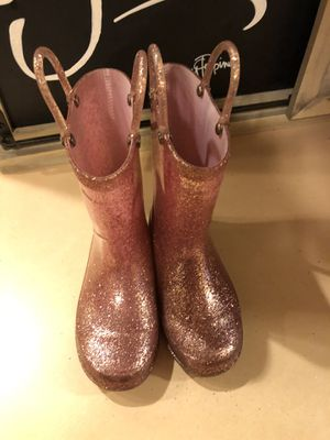 Girls pink sparkle light up rain boots size 9/10 for Sale in Tacoma, WA