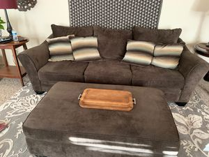 Extremely comfortable couch and ottoman for Sale in Menifee, CA
