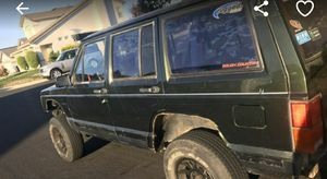 96 jeep cherokee 4x4 runs and drives great need gone for Sale in Sacramento, CA