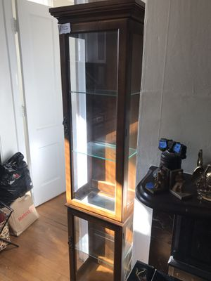 Lighted Display Case for Sale in Boonsboro, MD