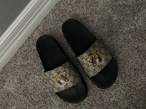 Gucci Slides for Sale in Richmond, TX