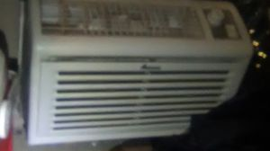 Window air conditioner, Alana brand 1 month old for Sale in Las Vegas, NV