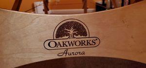 Oakworks Aurora Massage Table for Sale in Kenmore, WA