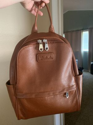 Bostanten leather backpack for Sale in Nipomo, CA