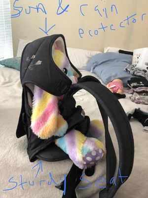 Ninna Nanna 3 in 1 baby carrier. for Sale in Surprise, AZ