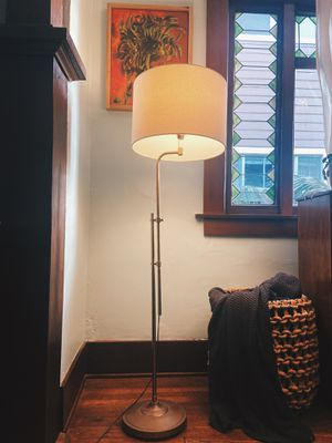 Vintage Antique Brass Floor Lamp Mid Century for Sale in Long Beach, CA