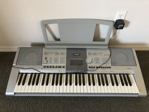 Yamaha PSR-295 Keyboard for Sale in Santa Maria, CA