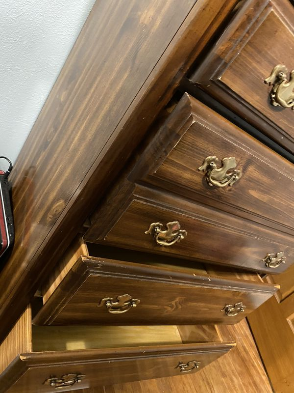 Haunted Dresser 👻