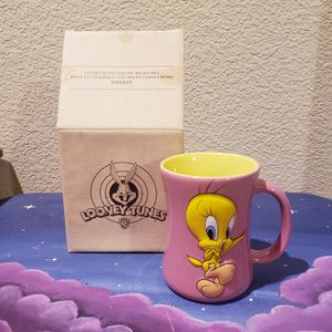 Looney Tunes Tweety Bird Pink and Yellow 3D Coffee Mug Tea Cup Warner Bros NIB for Sale in Woodland, CA