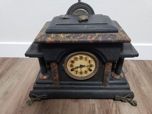 Antique Mantle clock Jerome &Co for Sale in San Diego, CA