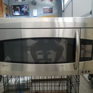 GE Profile Microwave for Sale in Ladera Ranch, CA