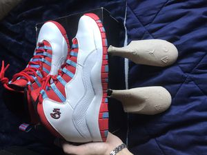 Air Jordan Retro 10 'Chicago Flag' for Sale in Columbus, OH