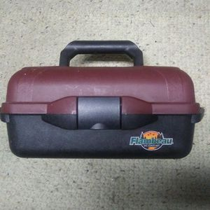 FLAMBEAU OUTDOORS TACKLE BOX for Sale in Fort Bliss, TX
